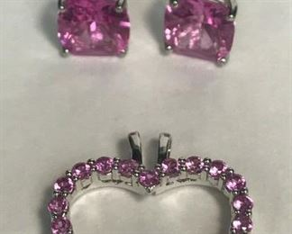 https://www.ebay.com/itm/124401690299	WL182 STERLING SILVER AND PINK TOUMALINE EARRINGS AND HEART PENDANT 		 Buy-it-Now 	 $30.00