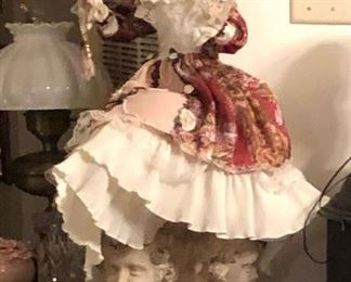 https://www.ebay.com/itm/114361586825	WL2055 Large Porcelain Doll Local Pickup		 Buy-it-Now 	 $20.00