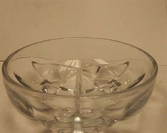 https://www.ebay.com/itm/114392413173	WL3072 USED VINTAGE CRYSTAL GLASS CANDY DISH 2 X 6 3/8 INCHES WL3 BOX 6		 Buy-it-Now 	 $10.00