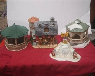 https://www.ebay.com/itm/114561880809	GN3119 LOT OF FOUR USED VINTAGE CERAMIC FELTON COLONIAL VILLAGE BUILDINGS		 Buy-it-Now 	 $55.00