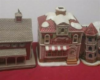 https://www.ebay.com/itm/124486381235	GN3140 LOT OF THREE LEFTON USED VINTAGE CERAMIC COLONIAL VILLAGE BUILDINGS		 Buy-it-Now 	 $54.99