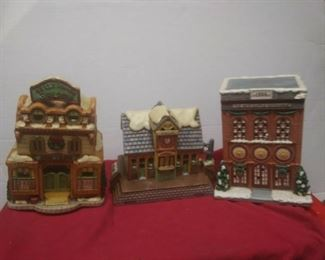 https://www.ebay.com/itm/114575415364	GN3143 LOT OF THREE LEFTON USED VINTAGE CERAMIC COLONIAL VILLAGE BUILDINGS		 Buy-it-Now 	 $54.99