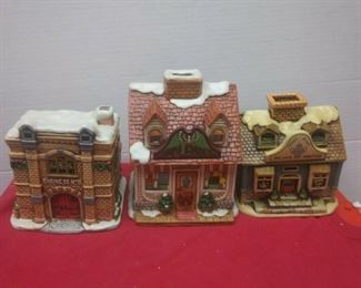https://www.ebay.com/itm/124486381232	GN3142 LOT OF THREE LEFTON USED VINTAGE CERAMIC COLONIAL VILLAGE BUILDINGS		 Buy-it-Now 	 $54.99
