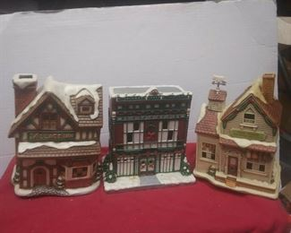 https://www.ebay.com/itm/124486381239	GN3148 LOT OF THREE LEFTON USED VINTAGE CERAMIC COLONIAL VILLAGE BUILDINGS		 Buy-it-Now 	 $54.99