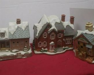https://www.ebay.com/itm/114575415354	GN3150 LOT OF THREE LEFTON USED VINTAGE CERAMIC COLONIAL VILLAGE BUILDINGS		 Buy-it-Now 	 $54.99