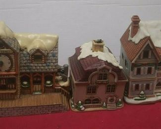 https://www.ebay.com/itm/114575415367	GN3152 LOT OF THREE LEFTON USED VINTAGE CERAMIC COLONIAL VILLAGE BUILDINGS		 Buy-it-Now 	 $54.99