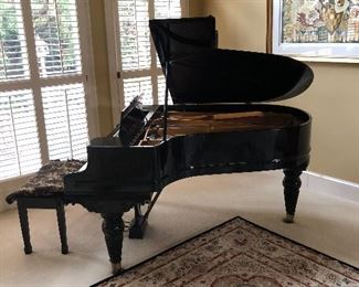 Chickering Baby Grand Piano in EXCELLENT CONDITION.                                                                      Chickering & Sons was an American piano manufacturer located in Boston, Massachusetts.