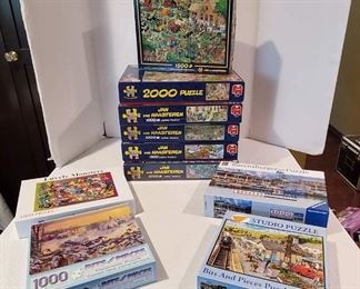 Fun for the Family 1,000 Pc. Jigsaw Puzzle Boxes