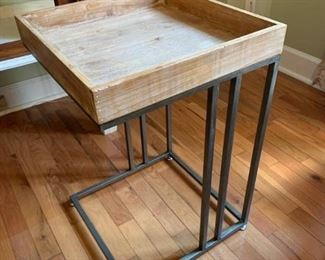Iron Frame Wood Top C Table