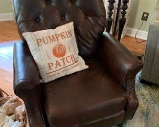 Tufted Back Leather Recliner