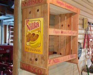 Unique Nabisco Nilla Wafers and Bananas Display Shelf