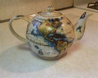 'Wordly' tea pot