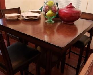 Tall table with 4 chairs