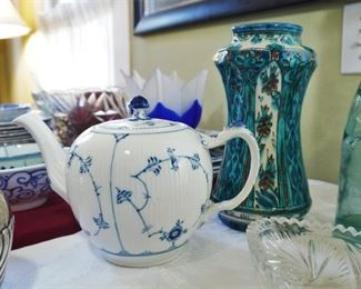 Royal Copenhagen teapot and Delft vase
