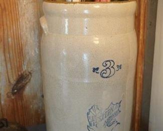 Western Stoneware crock