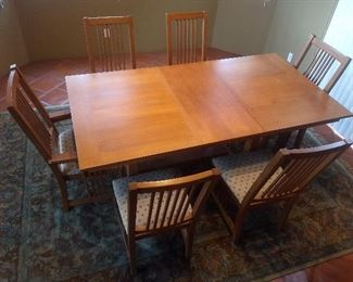 Bassett Legend table and 6 chairs