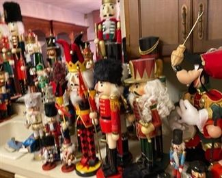 ALL nutcrackers SOLD