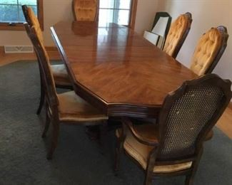Bernhardt Dining Table with Chairs