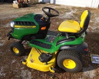 001 John Deere S240 Riding Lawnmower
