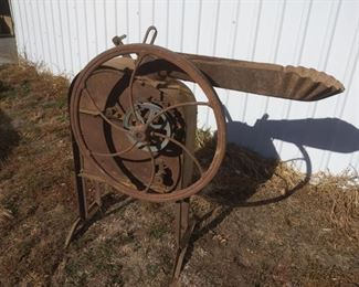 Antique International Harvester Corn Sheller