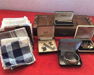 Mens Valet and Accessories