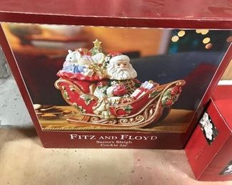 Fitz and Floyd Santa's Sleigh Cookie Jar. Very collectible Fitz Floyd Piece