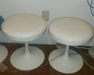 5 knoll stools