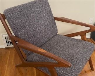 Vintage Reproduction Poul Jensen Selig Z Lounge Chair Mid-Century Danish Modern