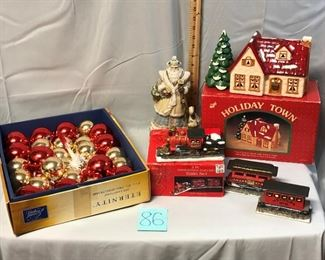 Lot 86 Russ Holiday Town House and More