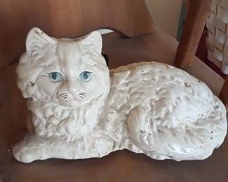 Cast iron cat
