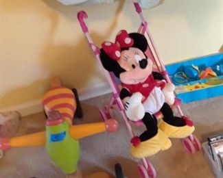 Stroller and tricycle; minnie mouse
