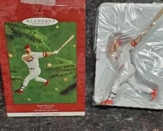 Hallmark Keepsake Ornament Collector's Series 2000 Mark Mcgwire At The Ballpark
