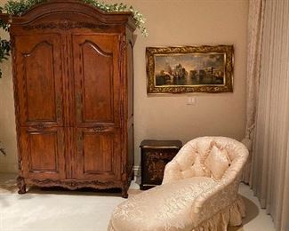 Henredon Natchez collection armoire original cost 9600 Asking price 2500 or offer