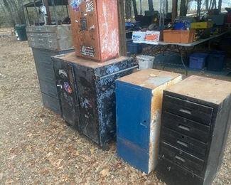 Tool Lockers & Cabinets
