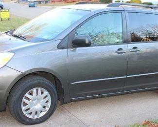 2010 Toyota Sienna Minivan