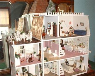 Dollhouse, Furniture & Miniatures