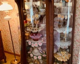 CLEARANCE  !  $350.00 NOW, WAS $800.00...............Beautiful Large Curved Glass Curio Cabinet (P326)