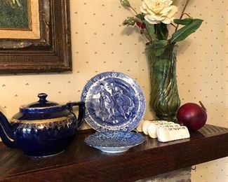 blue china, blue teapot