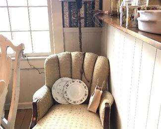 gold chair, metal floor lamp