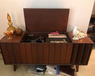 MCM stereo console you need this! I priced it cheap!