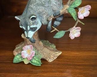 Lenox racoon