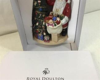 122Royal Doulton Santas Finishing Touch Figurine