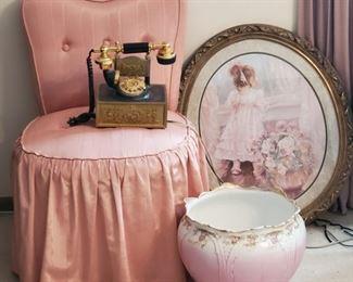 Elegant Vintage Decor