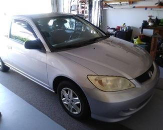 2005 Honda Civic 2-Door Coupe with 136000 Miles