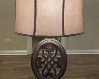 LOT 6620 Wooden lamp $90