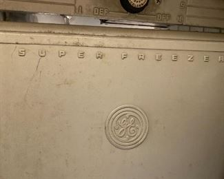Vintage GE Fridge with Freezer