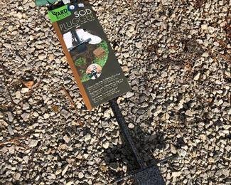 #22) $15 - Yard Butler sod plugger