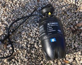 #45) $10 - Flomaster 2 1/2 gallon plastic sprayer tank