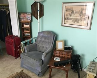 University of Virginia print, upholstered chair, side table, books & games