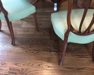 """72"""" round pedestal mahogany dining room table and 6 chairs"""